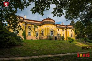 Kaštieľ Petrovany